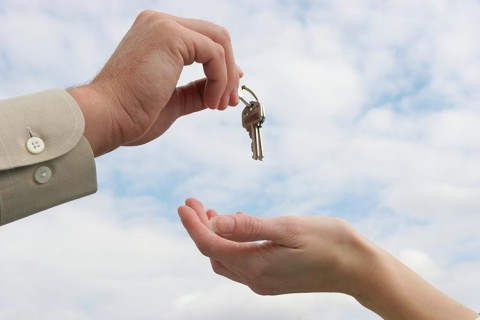 un seul interlocuteur tti est une entreprise a taille humaine partenaire locaux agence immobiliere indre et loire